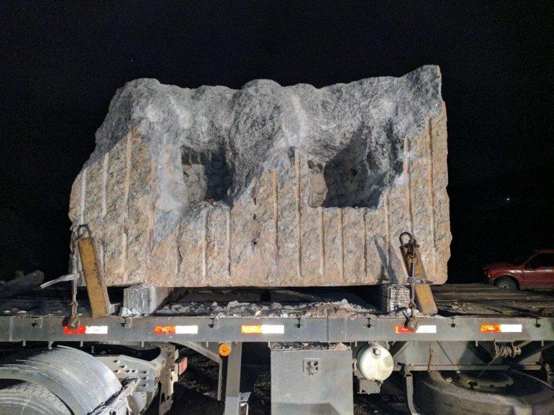 Bloco de granito foi usado pelo traficante para transportar 123 kg de cocaína
