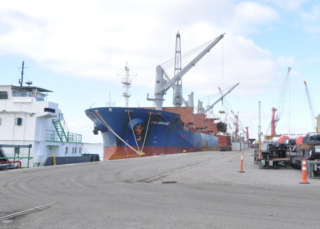 No 1º trimestre de 2016, o Porto Novo realizou sozinho o movimento de 1.200.584 toneladas